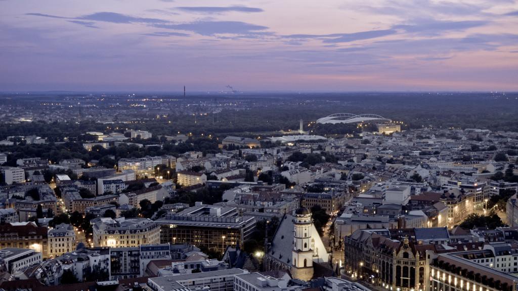 photo of Leipzig skyline at dusk