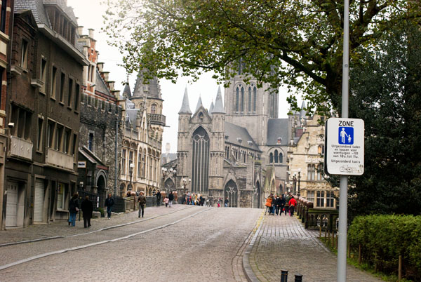 Photo of a cathedral in Ghent